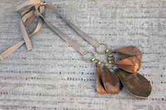 Statement necklace - rose petals
