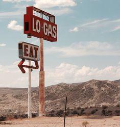 Abandoned gas station in Mojave Desert CA [OC] [3263x3456]