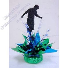 For volleyball or swimming Soccer Centerpiece with theme color, minus the soccer add vines, heart, cross Soccer Decor, Soccer Theme, Football Birthday, Soccer Party, Birthday Fun, Birthday Party Themes, Soccer Centerpieces, Soccer Banquet, Grad Parties
