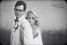 Sweet southern wedding in Kentucky. Farm and barn style. Swoon! www.Baileyandbphotography.com