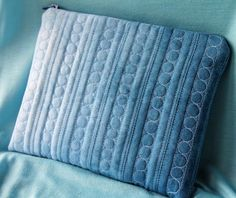 Jana Dohnalová - hand dyed and free motion quilted