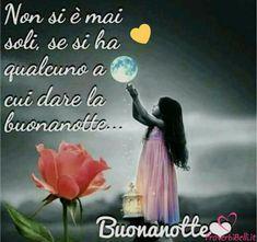 Italian Phrases, Good Night Wishes, Good Morning, Facebook, Cornice, Land Art, Bob Marley, Sweet Dreams, Snoopy