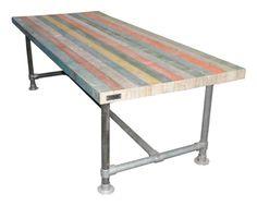 Nieuw bij RUBI Wood & Design tafelbladen van Metselprofielen en onderstellen van Steigerpijpen.