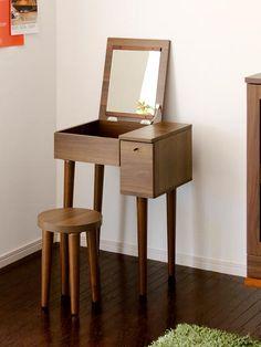 Makeup Dresser With Mirror Makeup Storage Dresser, Makeup Table Vanity, Makeup Tables, Storage Chest, Vanity Organization, Vanity Desk, Make Up Tisch, Dresser With Mirror, Dresser Desk