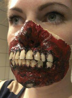 Fake nails as zombie teeth! Zombie Mask, Zombie Makeup, Sfx Makeup, Cosplay Makeup, Costume Makeup, Makeup Brushes, Makeup Looks For Brown Eyes, Natural Makeup Looks, Halloween Make Up