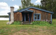 Fröseke  Vakantiehuis van 63 m. Slaapkamer: 1x 2-persoonsbed(den) Slaapkamer: 2x Stapelbed Woonkamer met open keuken: 2x Opklapbed(den) of matras(sen) Toilet: Toilet: warm en koud water Badkamer: Warm en koud water Douche Terras of vergelijkbaar: Overdekt terras  EUR 980.00  Meer informatie  #vakantie http://vakantienaar.eu - http://facebook.com/vakantienaar.eu - https://start.me/p/VRobeo/vakantie-pagina