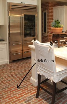 Brick floors for a kitchen- a definite for my dream house Brick Floor Kitchen, Kitchen Flooring, Up House, House Rooms, Style At Home, Brick Flooring, Flooring Ideas, Modern Flooring, Floors