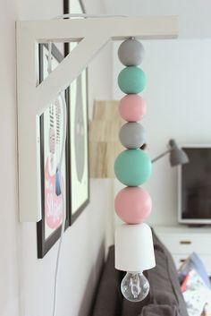 pfefferminzgruen: DIY Lampe mit Holzkugeln