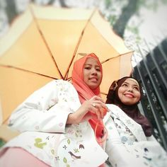 Bismillah...jadikan harimu penuh dengan kecerian,Semangat beraktivitas yah sholihah  dan selamat bekerja mencari rezeki yang berkah dan halal ♥♥ @atssani_bydn . . .➡ www.atssani.com . . Stay tune yah sholihah sebentar lagi upload #newarrivals . #recommend #recommended #hijabers #cardi #gamis #blogger #follow4follow #follower #followme #likeforlike #like4like #explore #bandung #branded #atssani
