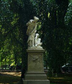 Kraków-Planty- Pomnik Grażyny.