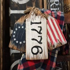 Betsy Ross Rustic Wood Flag Tag Set 1776 Colonial Flag Patriotic Country Decor Of July Decor Ame 4th July Crafts, Fourth Of July Decor, 4th Of July Decorations, July 4th, Americana Decorations, Holiday Decorations, Birthday Decorations, Americana Crafts, Patriotic Crafts