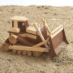 Appealing Woodworking Projects For Kids Ideas. Delightful Woodworking Projects For Kids Ideas. Kids Woodworking Projects, Wood Projects For Beginners, Woodworking Toys, Learn Woodworking, Diy Wood Projects, Wood Crafts, Woodworking Workshop, Woodworking Blueprints, Popular Woodworking