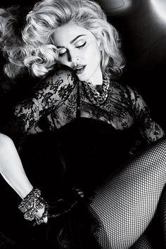 Madonna, photo: Mert and Marcus. My idol. Madona, Alas Marcus Piggott, La Madone, Famous Directors, Guy Ritchie, Sean Penn, Provocateur, Famous Faces, Madonna 80s