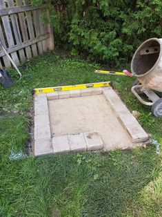DIY Fire Place/Pit : 6 Steps (with Pictures) - Instructables Fire Pit Bench, Wood Fire Pit, Wood Burning Fire Pit, Fire Pit Area, Diy Outdoor Fireplace, Backyard Fireplace, Backyard Seating, Fire Pit Backyard, Fire Pit Construction