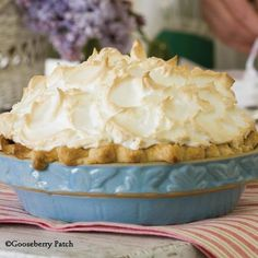 Gooseberry Patch Recipes: Chocolate Sunday Pie
