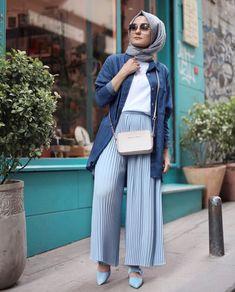 pleated palazzo pants-Casual hijab summer looks – Just Trendy Girls Hijab Fashion Summer, Modern Hijab Fashion, Hijab Fashion Inspiration, Muslim Fashion, Modest Fashion, Fashion Outfits, Fashion Fashion, Spring Fashion, Fashion Trends