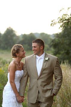 The Twin Silos, Livonia, NY | Country Wedding