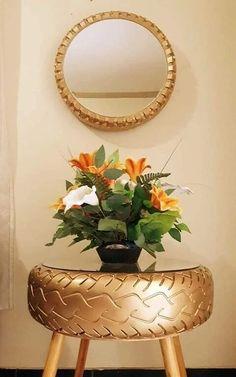 Diy Crafts For Home Decor, Diy Crafts Hacks, Handmade Home Decor, Diy Furniture Decor, Diy Furniture Table, Tire Table, Tire Craft, Tyres Recycle, Old Tires