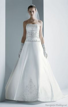 Satin Wedding Dresses Pros And Cons, which has a luxury fabric, making the bride who wears a glamorous appearance has its pros and cons. Satin is perfect for evening weddings, satin wedding dresses are on the expensive side of the spectrum