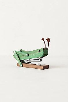 Grasshopper Stapler by Anthropologie. I don't think it's possible for a stapler to be any cuter than this! (To go with that cute hedgehog pencil holder.