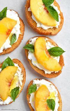 Peach and Goat Cheese Bruschetta Recipe | http://shewearsmanyhats.com/peach-and-goat-cheese-bruschetta-recipe/