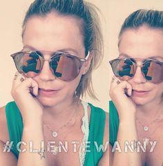 Começar a semana com cliques dos nossos clientes é o máximo, ainda mais com a linda Karina em um post só para mostrar os detalhes de seus óculos deuso  #clientewanny sempre arrasa !! #linda #Dior #diorreflected #oculosdesol #amooculos #segunda