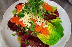 Rote-Bete-Salat mit Möhren und Minze