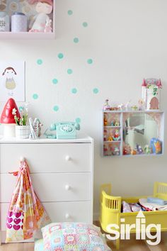 Polka dots wallstickers