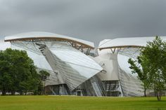 Frank Gehry – Fondation Louis Vuitton,France,Frank Gehry,Jardin d'Acclimatation,Paris,architecture,birthday,party Pinned by www.modlar.com
