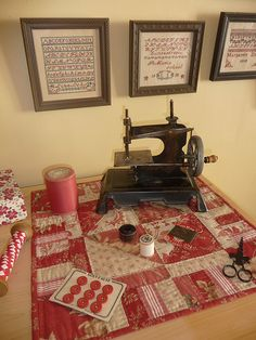 Vinatage machine with samplers and 'French General' table runner