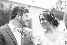 ♥ Larissa Soares   Tulle - Acessórios para noivas e festa. Arranjos, Casquetes, Tiara