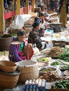 Ywama Floating Market, Inle Lake, Myanmar