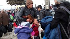 Dramatische Szenen an der griechisch-mazedonischen Grenze: Die mazedonische...