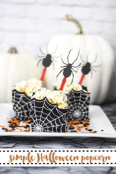 Spooky Halloween Popcorn recipe by Everyday Party Magazine. #Halloween #HalloweenRecipe @MarthaStewart #MichaelsMakers