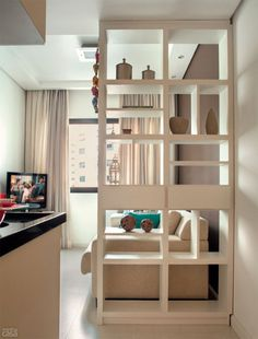 Small areas of the day: a mini apartment in the city center