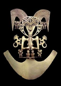 Bird pectoral, Popayan, gold alloy, - InfoBarrel Images - appearing on exhibition at British Museum - Beyond El Dorado power and gold in ancient Colombia Ethnic Jewelry, Jewelry Art, Gold Jewelry, Jewelery, Ancient Jewelry, Antique Jewelry, Vintage Jewellery, Colombian Gold, Mesoamerican