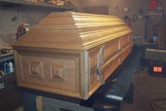 casket - it worked  by Wheaties  -  Bruce A Wheatcroft   ( BAW Woodworking)