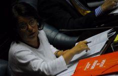 Senadores del FA analizan nuevo proyecto para despenalizar el aborto