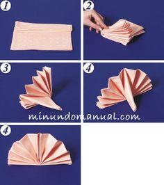 Tutorial de servilleta doblada en forma de abanico.