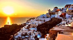 Puesta de sol en En Oia, Santorini – Grecia