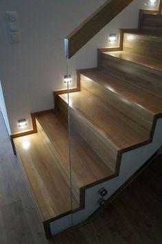 Znalezione obrazy dla zapytania szklana barierka na schody