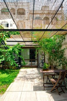 Refurbishment of a patio-house in Gracia CARLES ENRICH