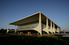 Niemeyer's Planalto Palace in Brasilia