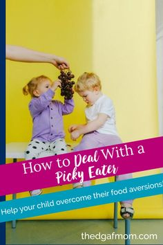 End the food fights with these tips to help you deal with a picky eater toddler. Picky eaters can be so frustrating, but there's a better way to enjoy your meals as a family and stop the food fights. Picky eater, fussy eater. Teaching Boys, Picky Eaters Kids, Healthy Toddler Meals, Fussy Eaters, Raising Kids, Family Life, Mom And Dad, Parenting Hacks, Preschool