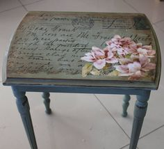 39 Furniture Decoupage ideas – Give old things a second li Decoupage Furniture, Hand Painted Furniture, Refurbished Furniture, Paint Furniture, Upcycled Furniture, Shabby Chic Furniture, Furniture Projects, Shabby Chic Decor, Furniture Makeover