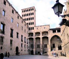 Museu d'Història de Barcelona a la Plaça del Rei. Coneix el passat de la ciutat.
