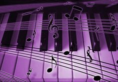 Purple Piano Keyboard and Notes | by dreamlyn