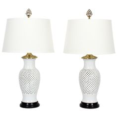 Pair of Elegant Blanc de Chine White Vase Form Table Lamps 1970 Tall Vases, White Vases, White Table Lamp, Table Lamps, Everything Is Illuminated, Trellis Pattern, Clear Glass Vases, Vintage Lamps, Vases Decor