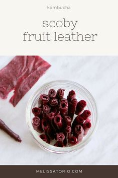 Have too many SCOBYs and don't know what to do with them? Make some SCOBY fruit leather! Kombucha Flavors, Kombucha Scoby, Kombucha Recipe, Healthy Sweets, Healthy Snacks, Healthy Eating, Kombucha Beneficios, Raw Food Recipes, Cooking Recipes