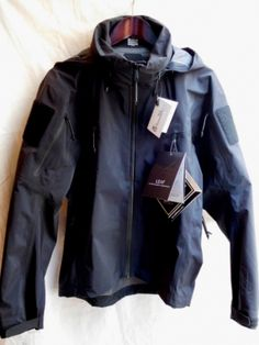 "Arc'teryx LEAF ""Alpha Jacket"" GEN 2 Made in Canada - ILLMINATE Official Online Shop"